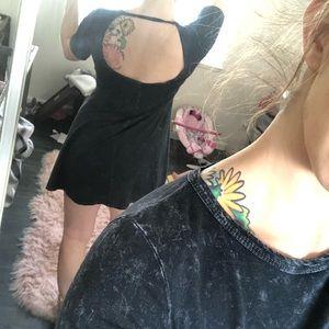 Drop back blue acid wash dress